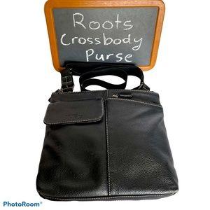 ROOTS Black crossbody messenger bag
